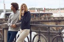 021038 Basic Cardigan Signaal Geel Clique